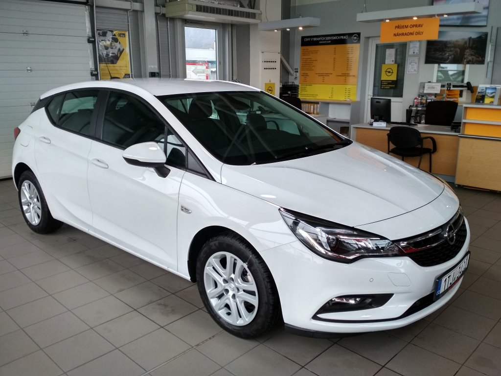 Opel Astra K Smile 1.4T 92kW 6MT